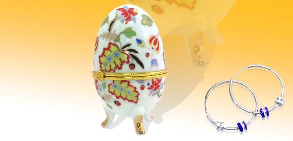 Exquisite Porcelain Treasure Jewelry Trinket Box - Style Egg w/ mum white***/