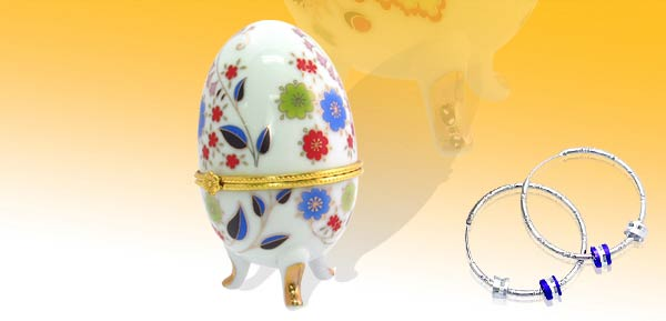 Exquisite Porcelain Treasure Jewelry Trinket Box - Style Egg w/ mum white***/