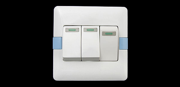 16A 250V 3 Gang Big Button Light Switch Wall Plate White