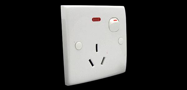 250V 3 Terminal Australia Switched Socket Outlet Wall Plate
