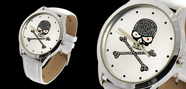 Fashion Jewelry Silver Metal Skull & Cross Bones Dial White Leather Mens Quartz Watch
