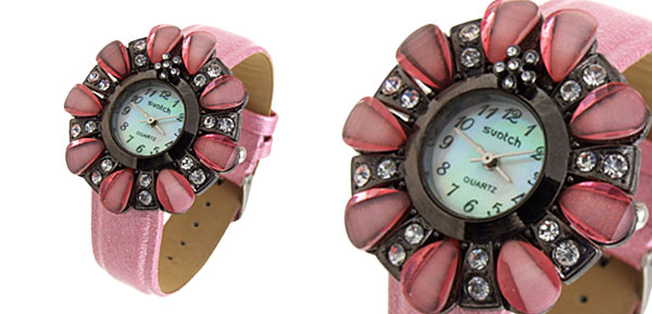 Fashion Jewelry Flower Shape Design Ladies Wrist Quartz Watches Pink Band