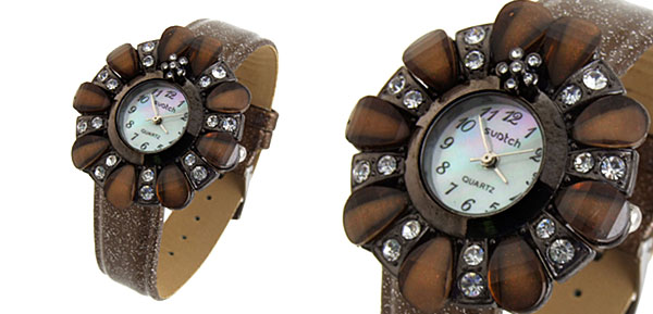 Fashion Jewelry Flower Shape Design Ladies Wrist Quartz Watches Brown Band