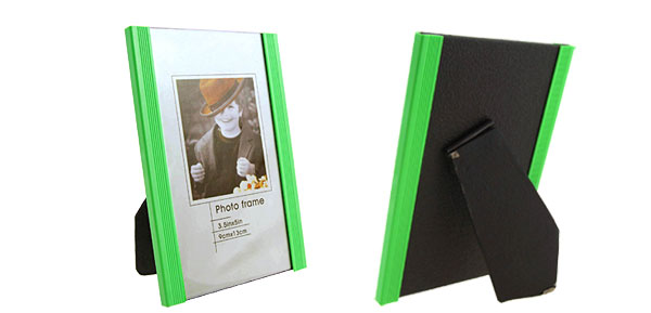 3.5 x 5 Inch Green Plastic Photo Frame