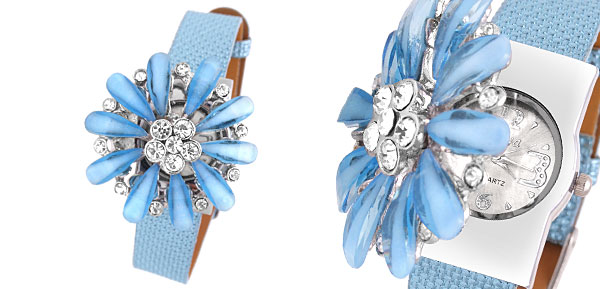 Fashion Jewelry Daisy Rhinestones Girls Women's Watch Light Blue