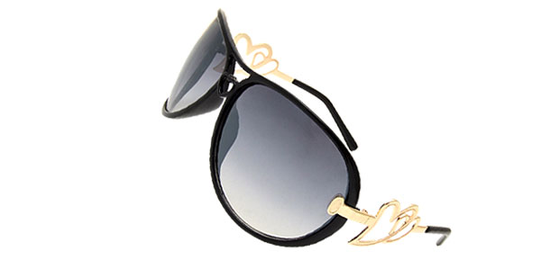 Oversized Women's Aviator Sunglasses Heart Design Black Frame
