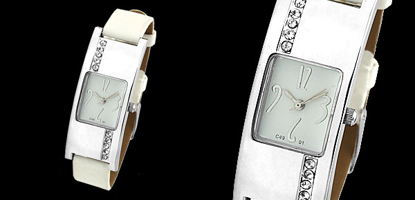 Fashion Jewelry Stylish Lady's Silvery White Leather Strap Watch