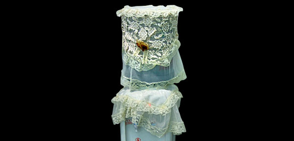 Lace Decorating Water Dispenser Machine Cover for Family Use Cream-Colored
