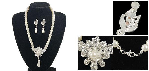 Women Metal Rhinestine Flower Plastic Teardrop Bead Pendant Necklace White