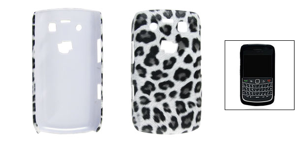 Off-white Leopard Print Faux Leather Coated Plastic Back Case for Blackberry 9700