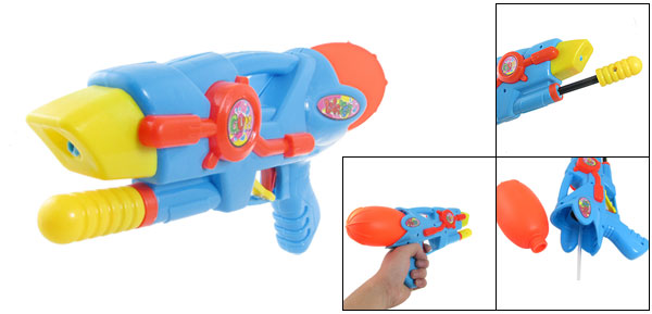 Green Plastic Air Pressure Water Squirt Gun Toy for Children