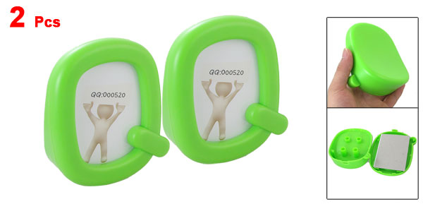 Office Desk Green Mini Plastic Q Shaped Picture Frame 2 Pcs