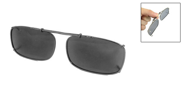 Unisex Gray Plastic Lens Pull Type Spring Design Clip On Polarized Glasses