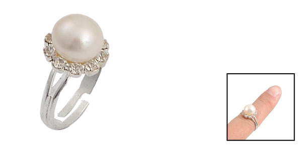 Women Adjustable White Plastic Imitation Pearl Finger Ring Silver Tone US 7 1/2