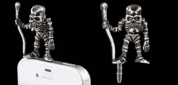 Vintage Style Skeleton Decor Dust 3.5mm Earphone Cap Plug for Phone