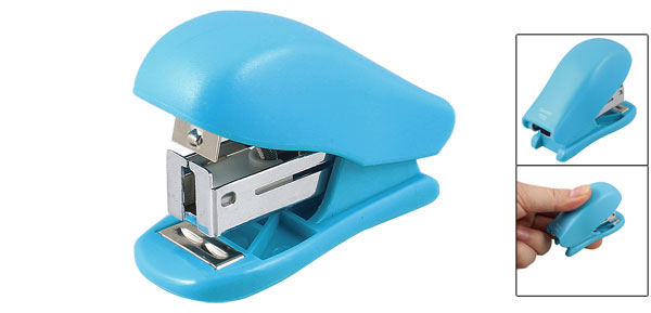 Swingline Light Duty 15 Sheet Capacity Blue Plastic Stapler