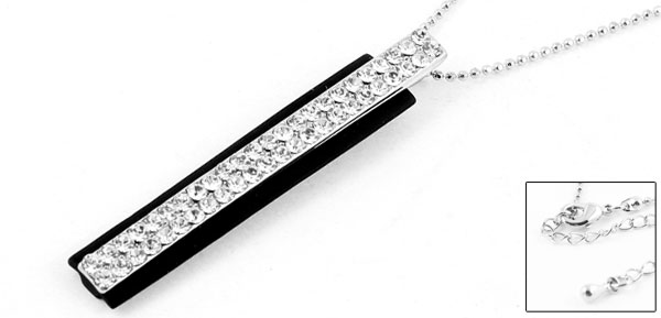 Woman Glitter Rhinestone Inlaid Bar Pandent Sweater Necklace Silver Tone Black