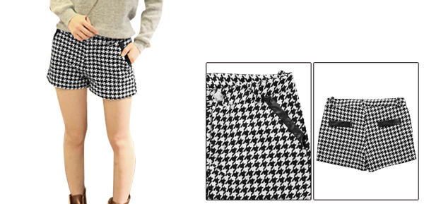 Lady Belt Loop One Button Closure Houndstooth Prints Black White Knit Shorts w Belt XS