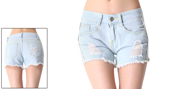 Woman Low Rise Zipper Fly Destroyed Design Pale Blue Denim Shorts S