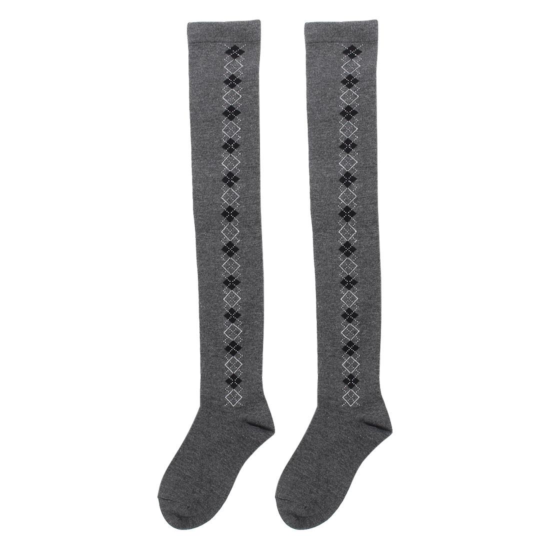 Women Argyle Pattern Stretchy Cuffs Knit Socks Pair